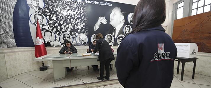 Más de 200 mil afiliados al Partido Aprista eligen delegados con asistencia técnica de la ONPE