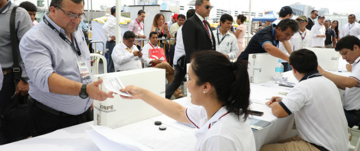 ONPE brindó asistencia técnica en las elecciones de la Asociación de Municipalidades del Perú