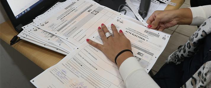 ONPE plantea reducir el número de actas electorales y eliminar el uso de los hologramas en las elecciones