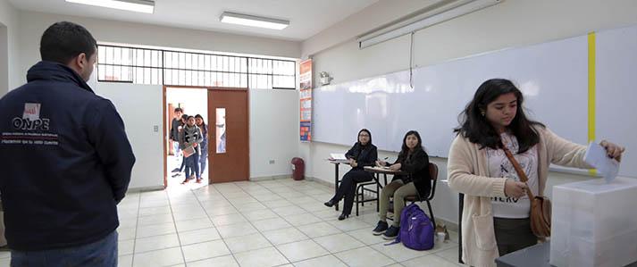 Universidad Nacional Federico Villarreal elige autoridades con apoyo de la ONPE